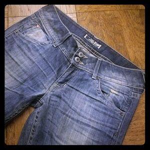 Hudson   Blue low rise jeans - size 28
